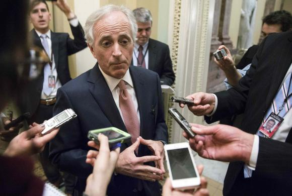 Chairman of the Senate Foreign Relations Committee Senator Bob Corker (R-TN) speaks to reporters on Capitol Hill in Washington February 11, 2015.      REUTERS/Joshua Roberts
