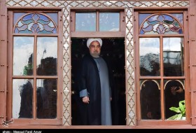 Rouhani visits Constitution House of Tabriz