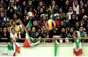 Iranian-women-watch-volleyball-match