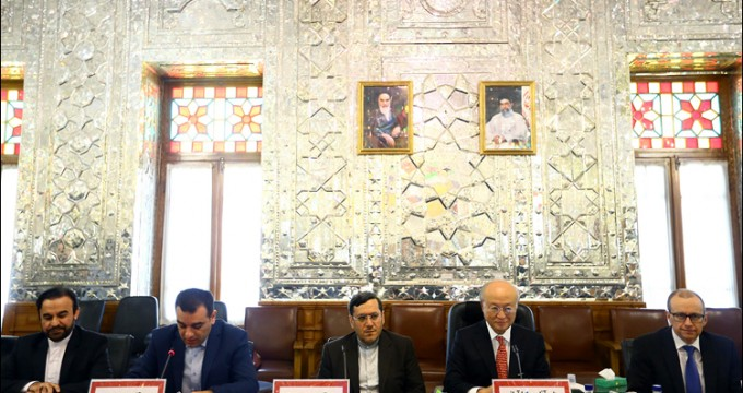 Amano in Iran Parliament to brief lawmakers on Iran-IAEA cooperation