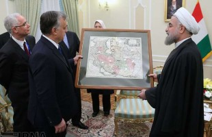 Hungarian premier gifts 175- year- old map to President Rouhani