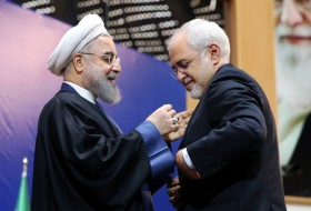 Iran awards medals of honor to nuclear team