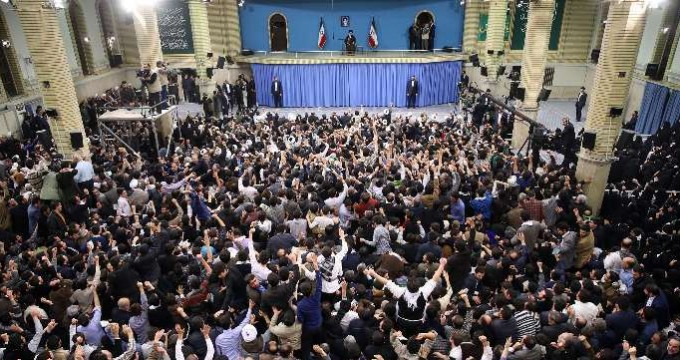 Leader meets with people of East Azerbaijan
