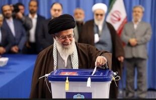 Supreme Leader Casts Vote in Elections in Early Hours of Friday