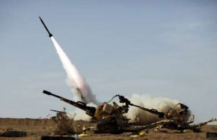 Iran test-fires artillery rockets in missile drill