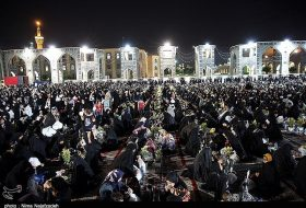 Imam Reza (AS) Shrine hosts Ramadan Iftar in Mashhad