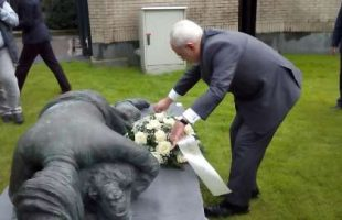 Zarif pays tribute to chemical weapons victims
