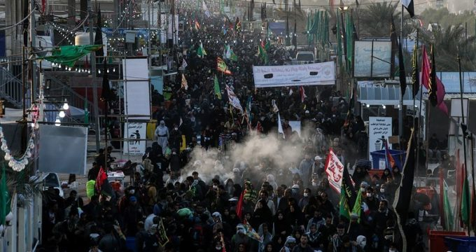 arbaeen-pilgrims-marching-from-najaf-to-karbala