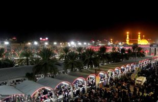 karbala-shrine-of-imam-hussein-embraced-by-swarms-of-pilgrims