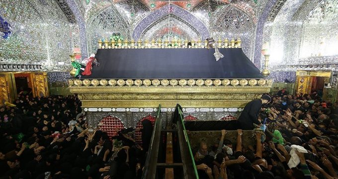 pilgrims-in-shia-holy-shrines-in-iraqs-najaf-karbala