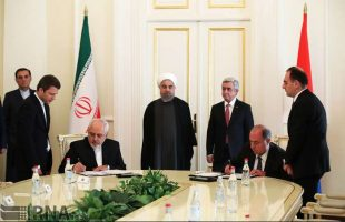 Iran-Armenia ink 5 MoUs