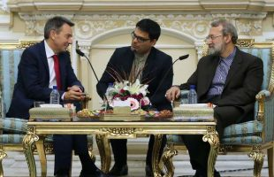 larijani-meets-with-icrc-president