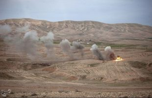 IRGC stages war game west of Iran