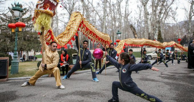 Chinese celebrate New Year along with Iranians