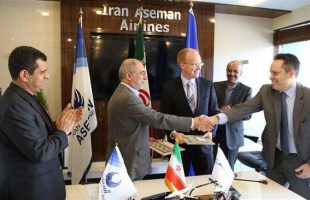 Iran Aseman Airlines signs deal for 30 Boeing jets