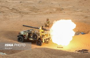 Army ground force stages drill in central Iran