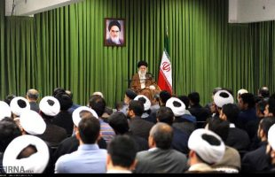Supreme Leader receives elite Iranian students