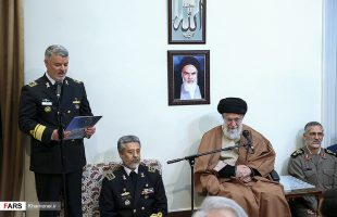 Ayat. Ali Khamenei receives Navy commanders